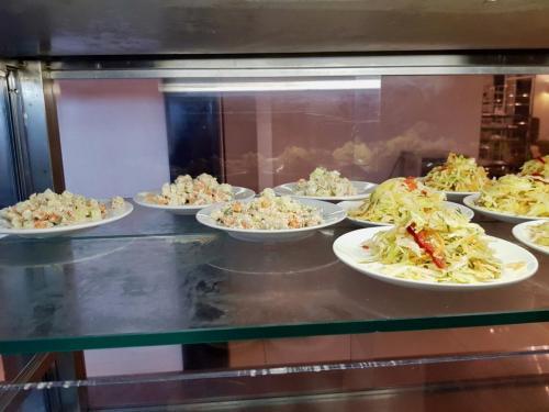 Бизнес обед на Кинзе 2018